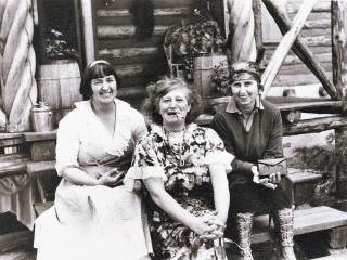Mabel Dodge Luhan, Frieda Lawrence, Dorothy Brett