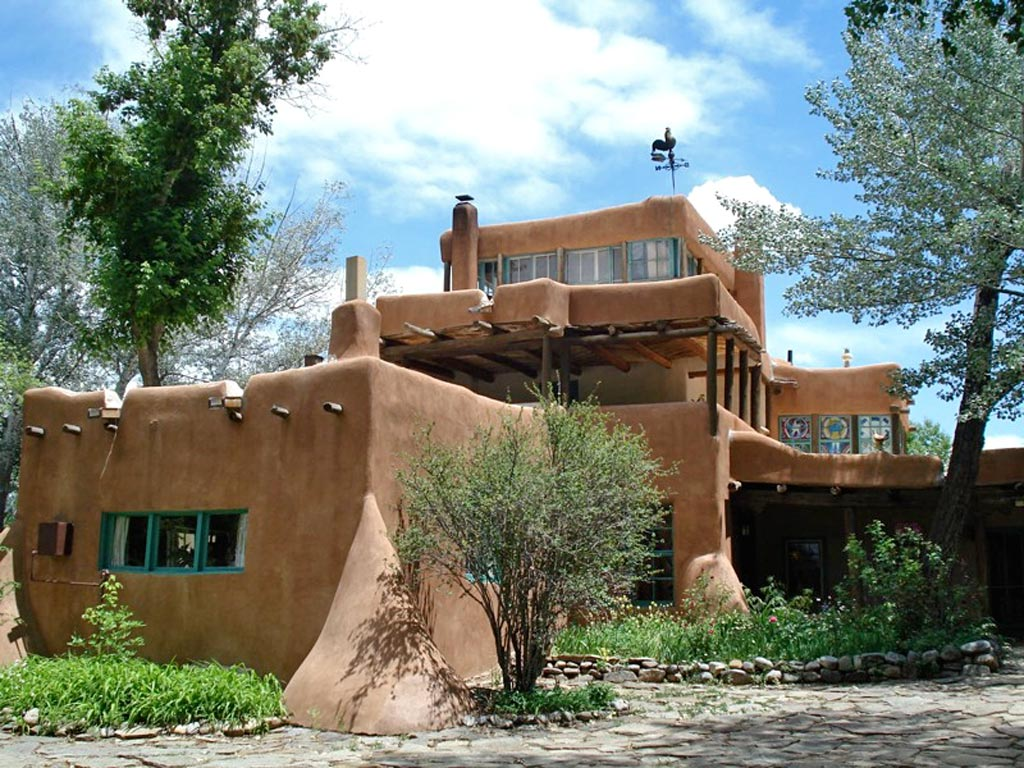 The Mabel Dodge Luhan House